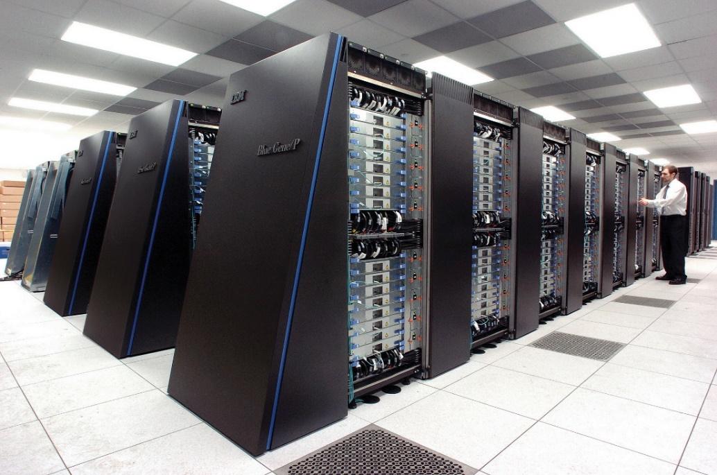 https://upload.wikimedia.org/wikipedia/commons/d/d3/IBM_Blue_Gene_P_supercomputer.jpg